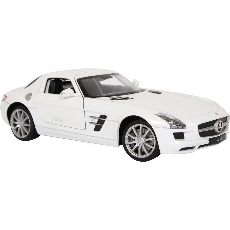 Model auto Mercedes Benz SLS AMG
